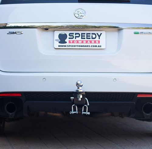 Speedy Towbar attached on car